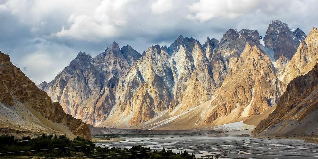 Gulmit-Valley